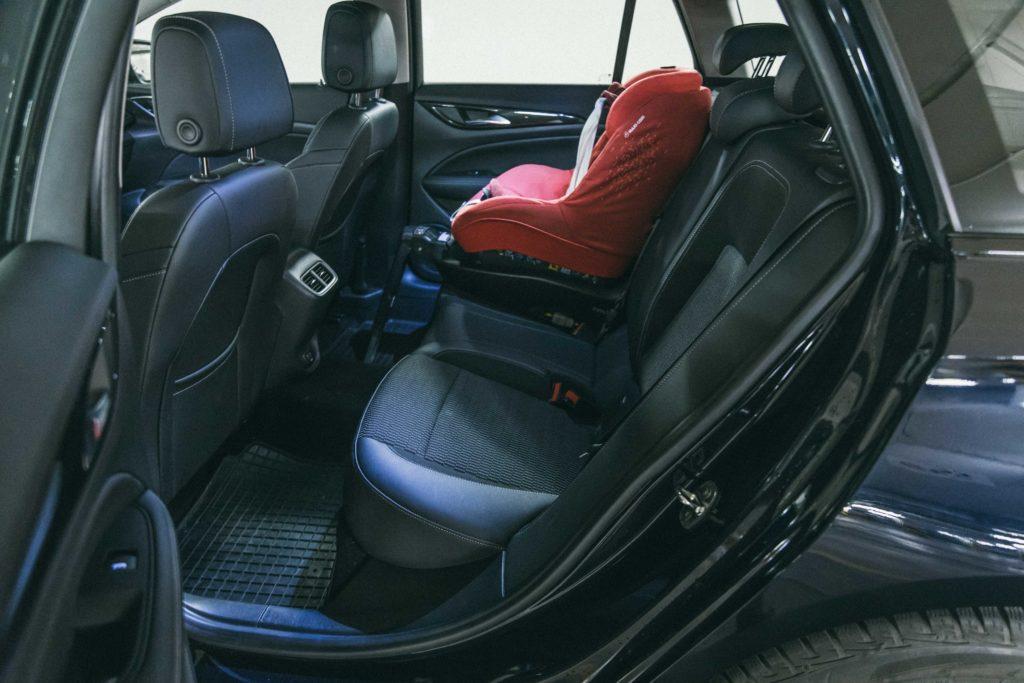 Opel Insignia 2.0 170 KM