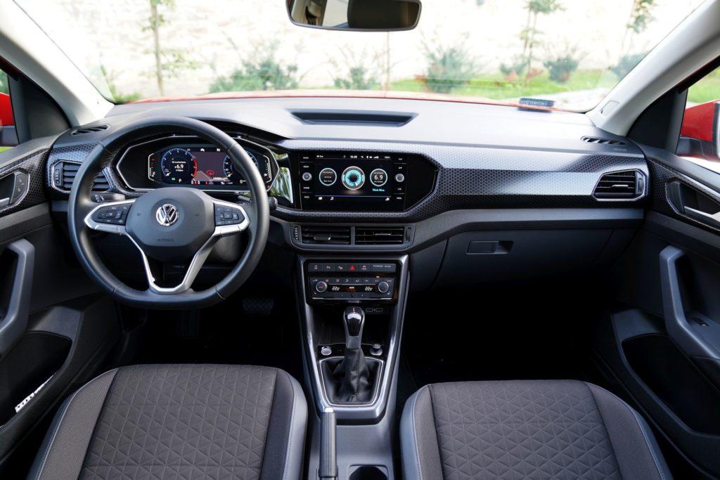 VW T-Cross kokpit