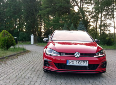 VW Golf VII GTI TCR