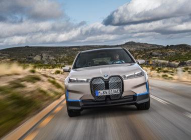 BMW iX 2021 dziób