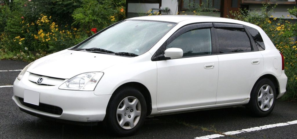 Przedliftowa Honda Civic VII