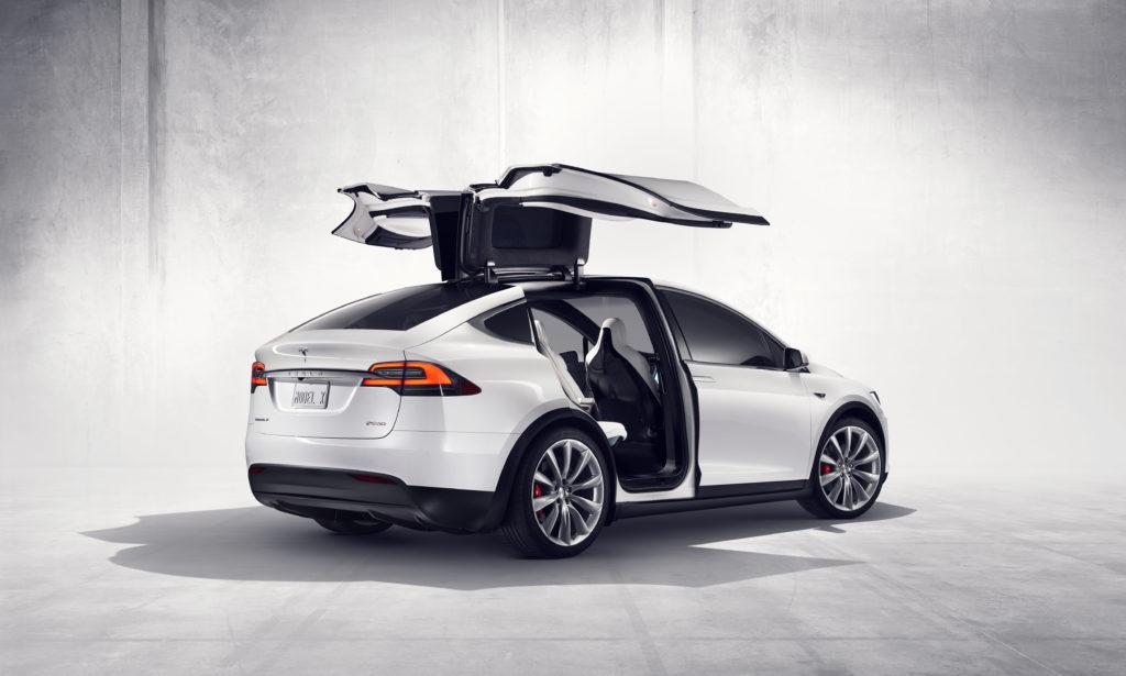 Model X tył bok