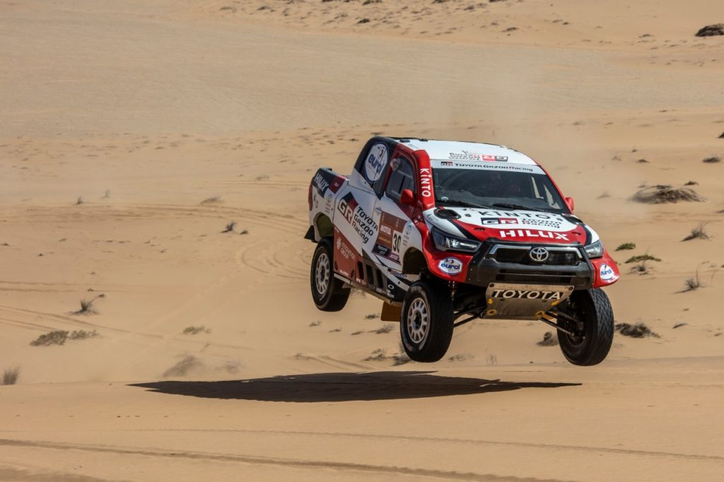 Toyota Hilux GAZOO Racing Dakar 2021