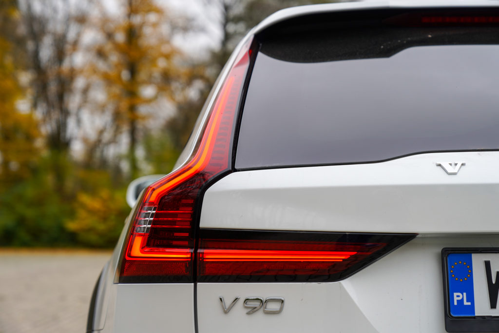 Volvo V90 D5 Cross Country