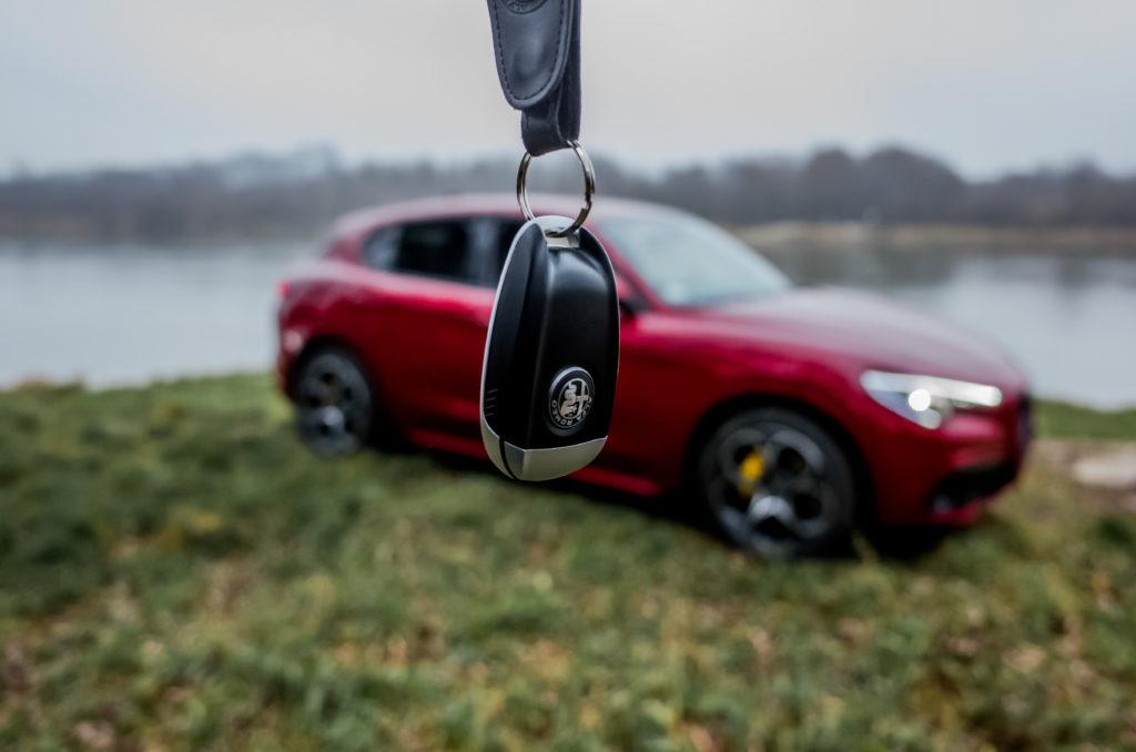 Alfa Romeo Stelvio Q4 (fot. Krzysztof Kaźmierczak / automotyw.com)