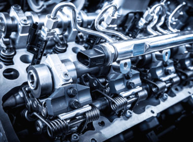 silnik samochodu spalinowego
