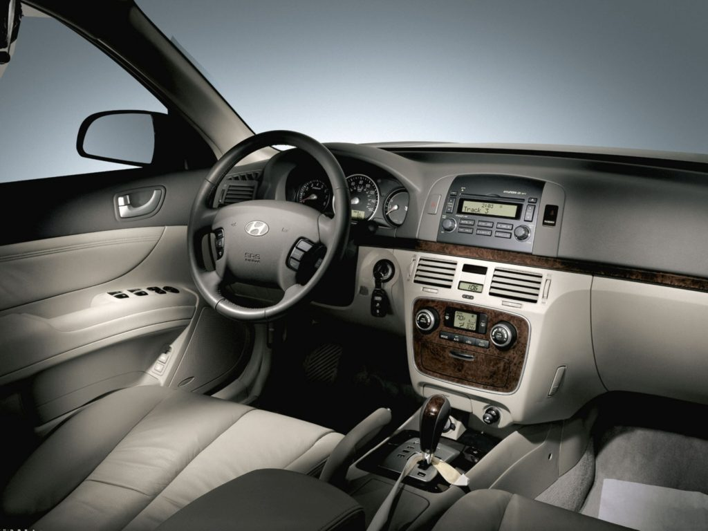 wnętrze Hyundai Sonata