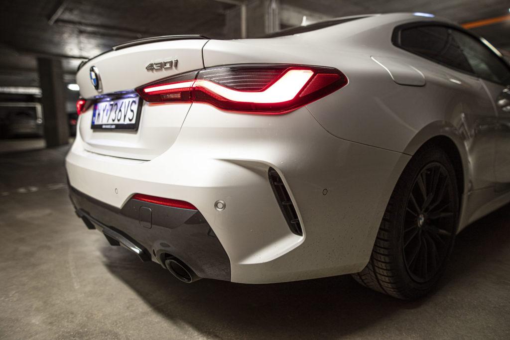 Podwójny wydech BMW 430i