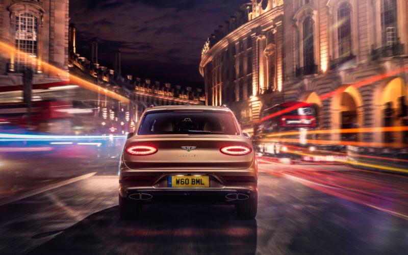 Bentley Bentayga Hybrid tył