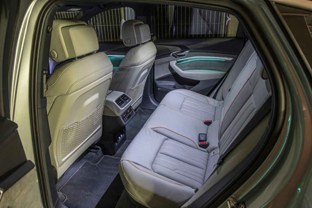 Audi e-tron Sportback z tyłu