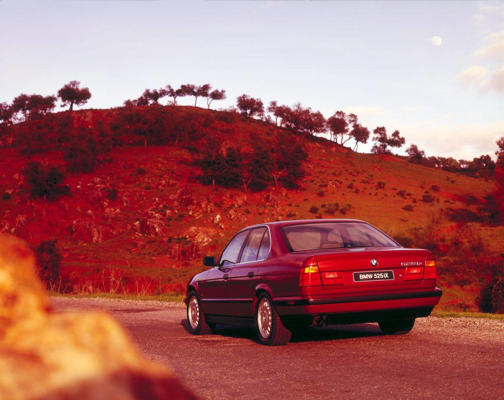BMW E34 525ix (fot. BMW)