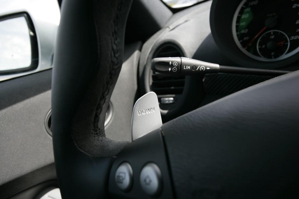 łopatki przy kierownicy