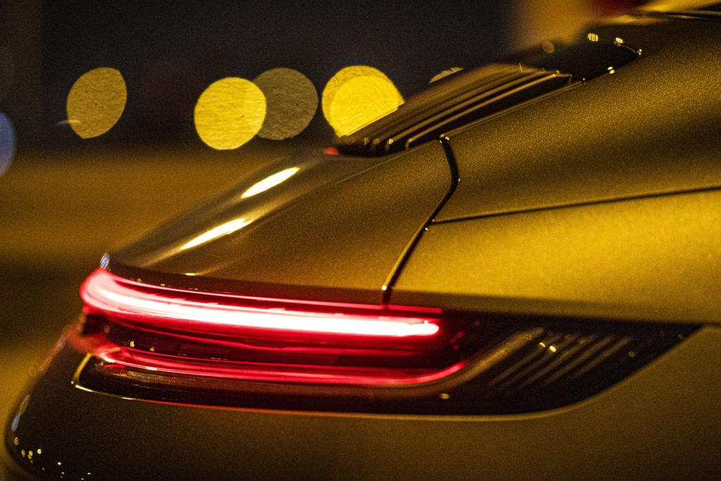 Nocna jazda Porsche 911