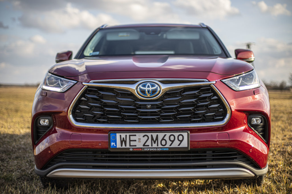 Przód Toyota Highlander