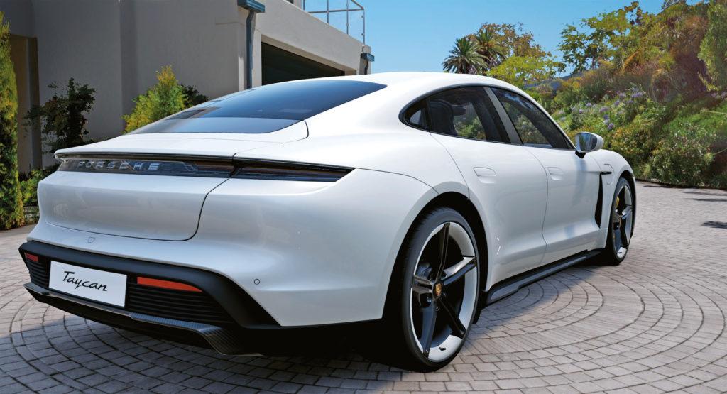 Jak w salonie - Virtual Reality Car Configurator prezentuje klientom trójwymiarową symulację ich przyszłego samochodu (fot. Porsche)