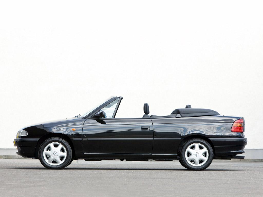 Opel Astra F Bertone (fot. mat. prasowe)