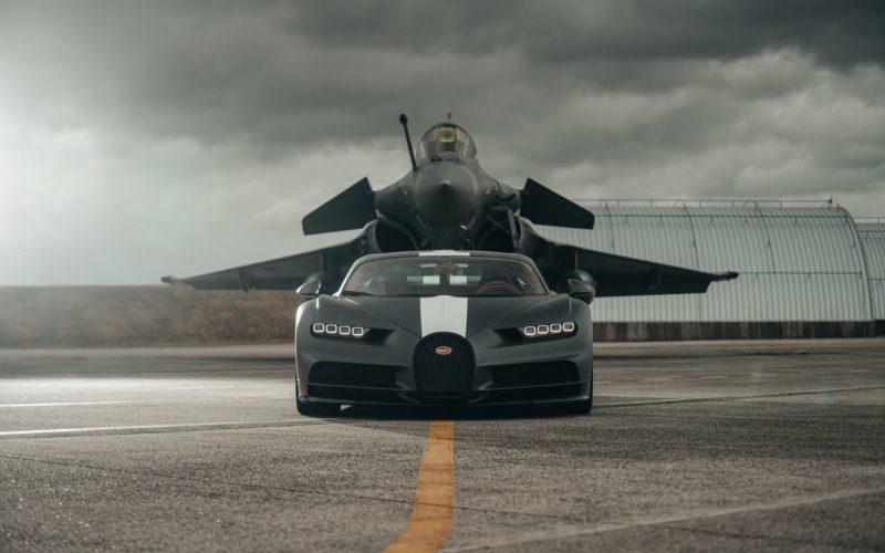 Bugatti Chiron Sport i Dassault Rafale (fot. Bugatti)