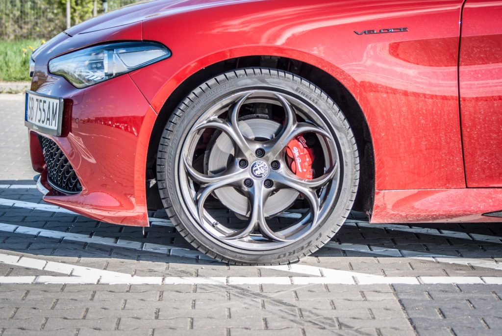 Alfa Romeo Giulia Q4 Veloce Ti