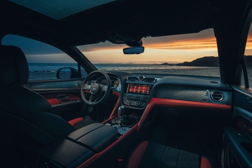 Bentley Bentayga wnętrze