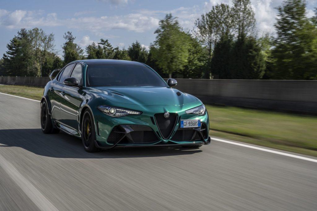 Giulia GTAm Montreal Green (2)