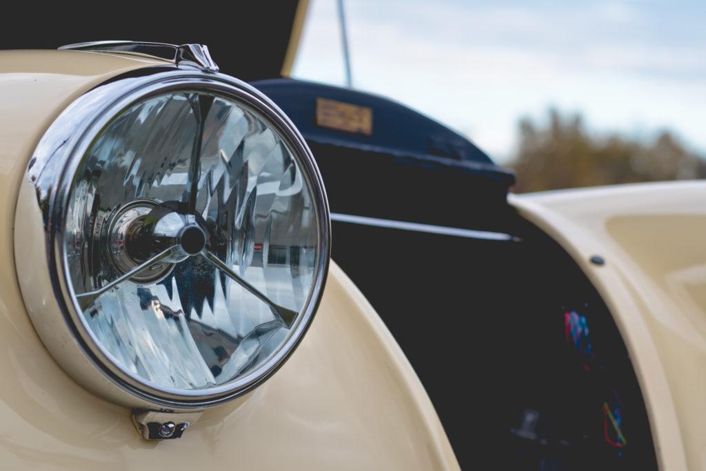 klasyczny reflektor