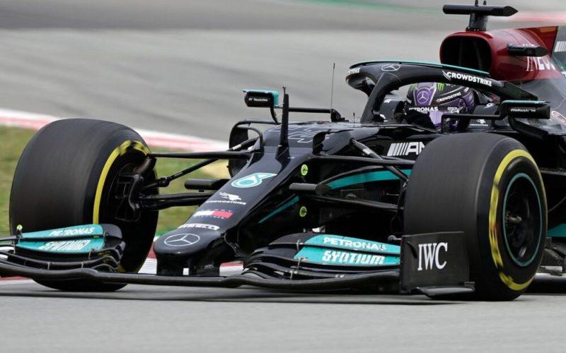 Lewis Hamilton wygrywa Formula 1 Aramco Gran Premio De España 2021