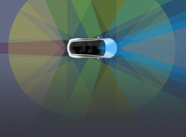 Tesla Autopilot (fot. TESLA)
