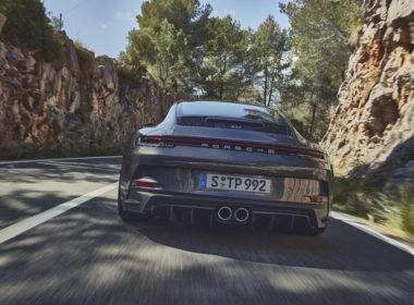Porsche 911 GT3 Touring (fot. Porsche)