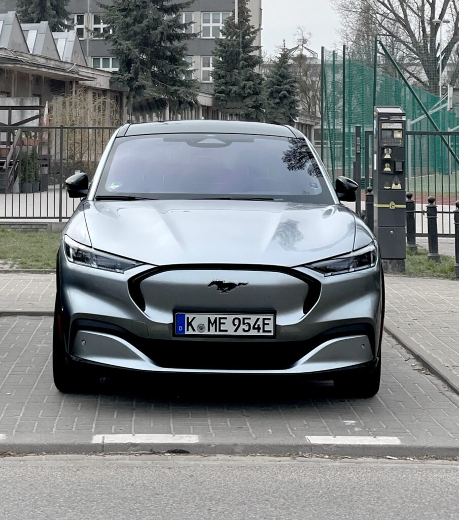 Ford Mustang Mach-E (fot. Maciej Smoleń / Automotyw.com)