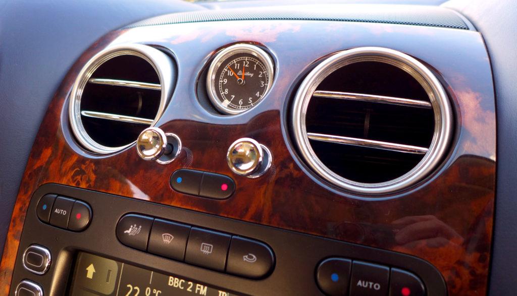detale Bentley