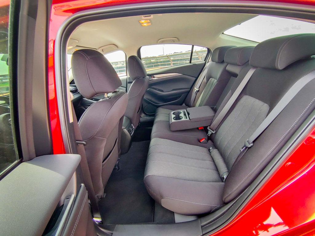 Mazda 6 SkyActiv-G SkyJOY (fot. Jakub Kornacki / Automotyw.com)