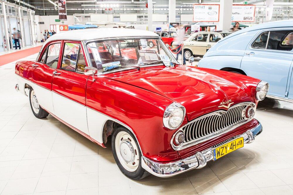 W latach 1957-63 Simca Ariane uznawana była za pojazd bardzo wygodny, o typowo amerykańskiej sylwetce (petite américaine). Stanowiła obiekt pożądania!