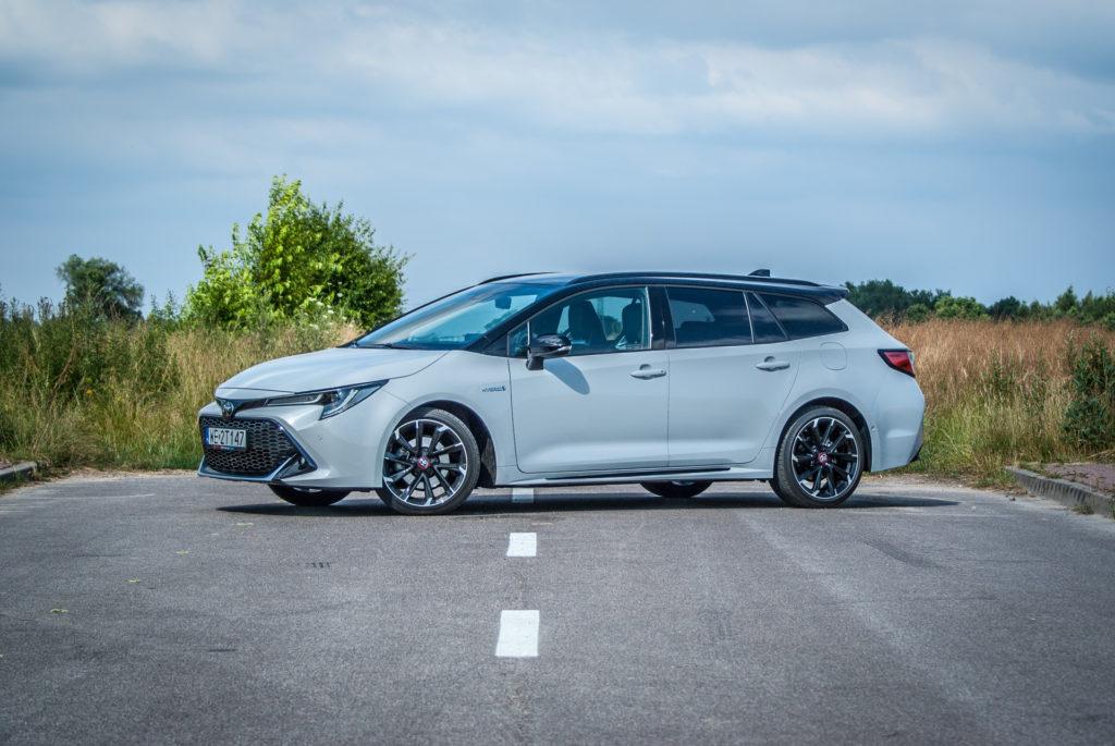 Toyota Corolla GR Sport Hybrid kombi