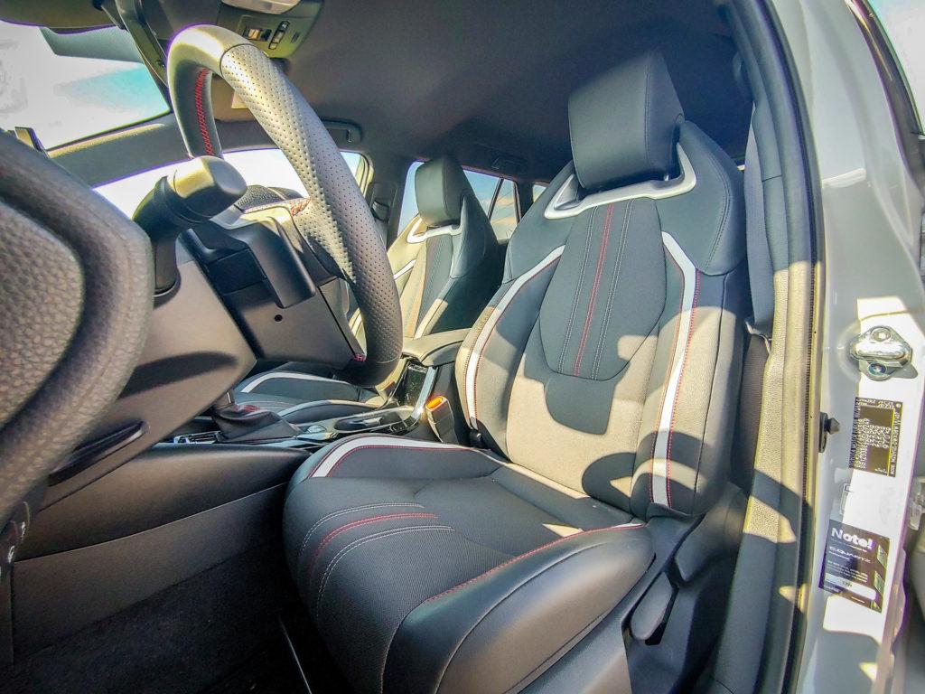 Toyota Corolla GR Sport Hybrid kombi (fot. Jakub Kornacki / Automotyw.com)