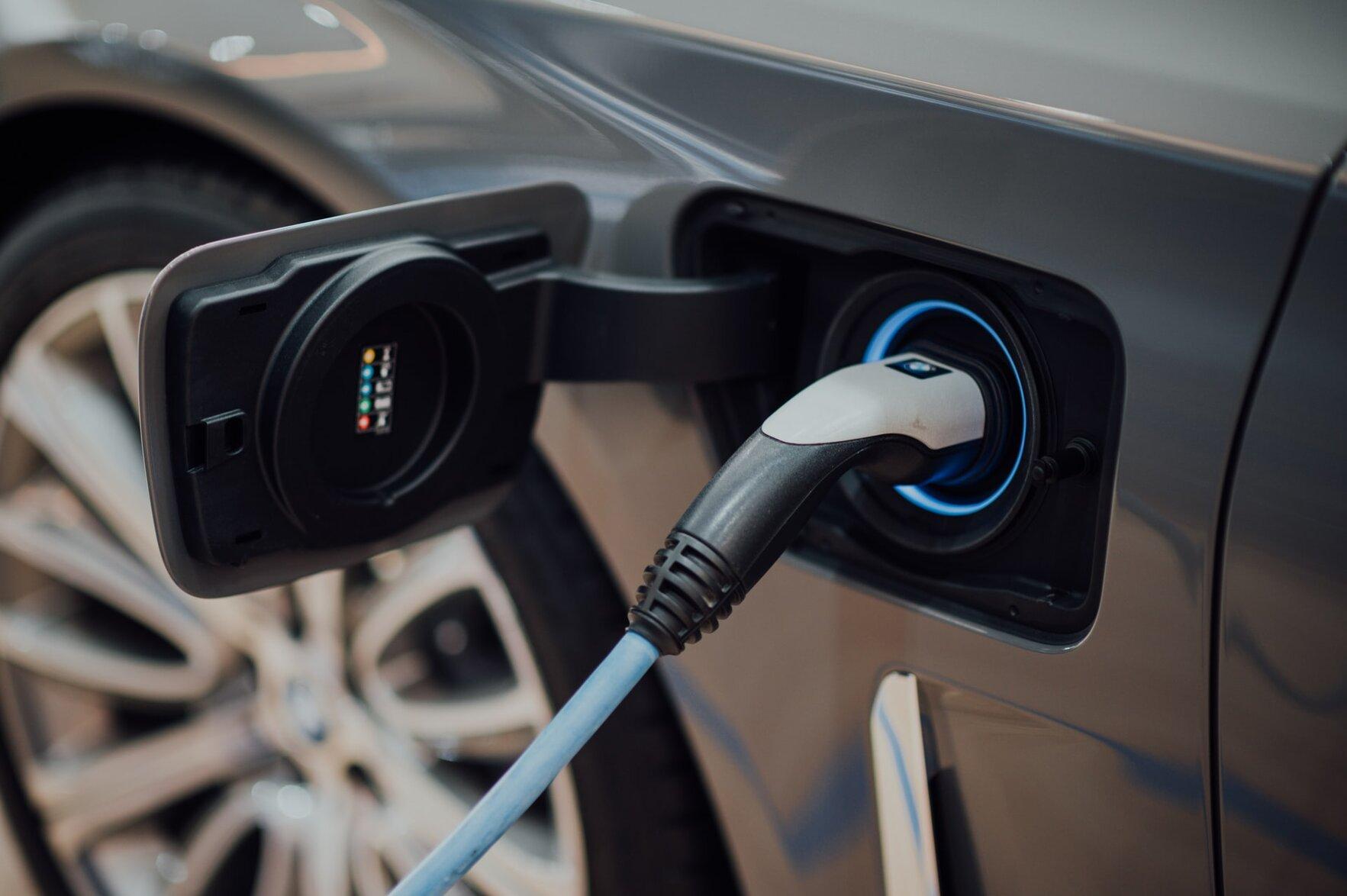 elektryczne samochody
