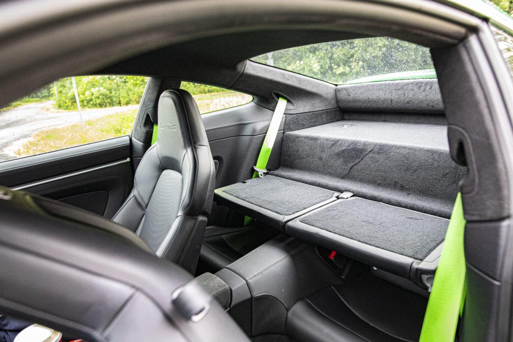 tylne siedzenia Porsche 911
