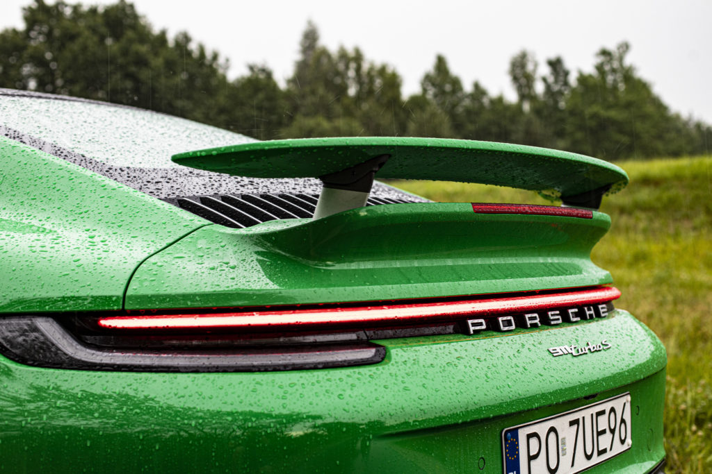 spojler 911 turbo