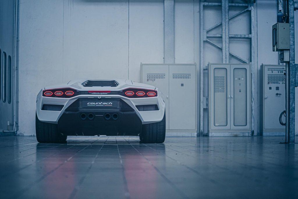 Lamborghini Countach LPI 800-4 (fot. Lamborghini)