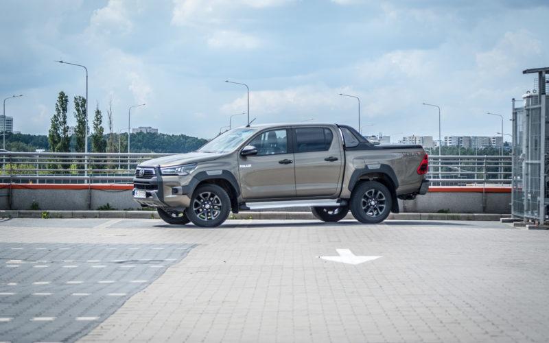 Toyota Hilux Invincible (fot. Jakub Kornacki / Automotyw.com)