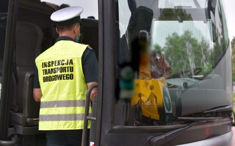 Bezpieczny autokar