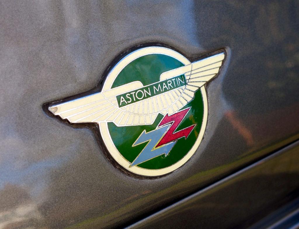 znaczek Aston Martin V8 Zagato