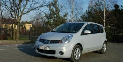 Nissan Note I Mikrovan